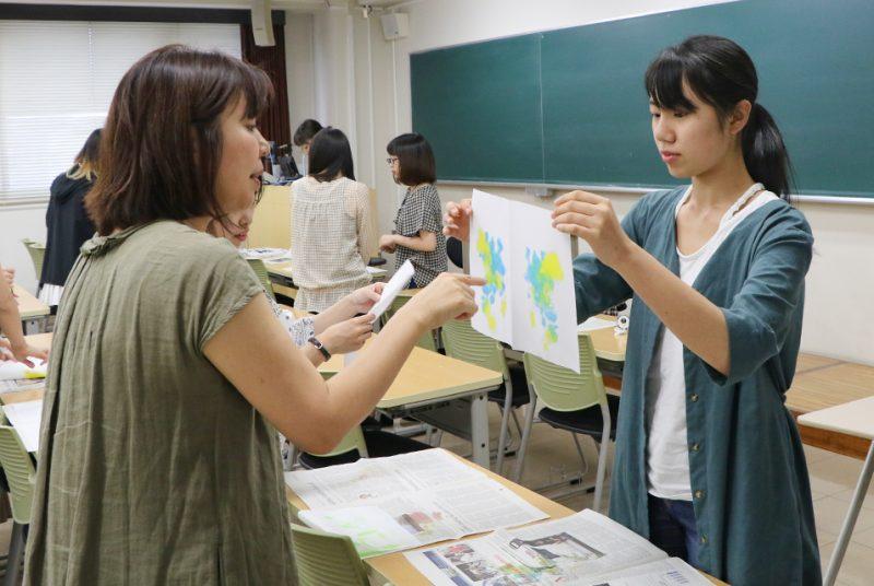 集中講義科目「投映法の実践」でクレクソグラフィー体験を実施