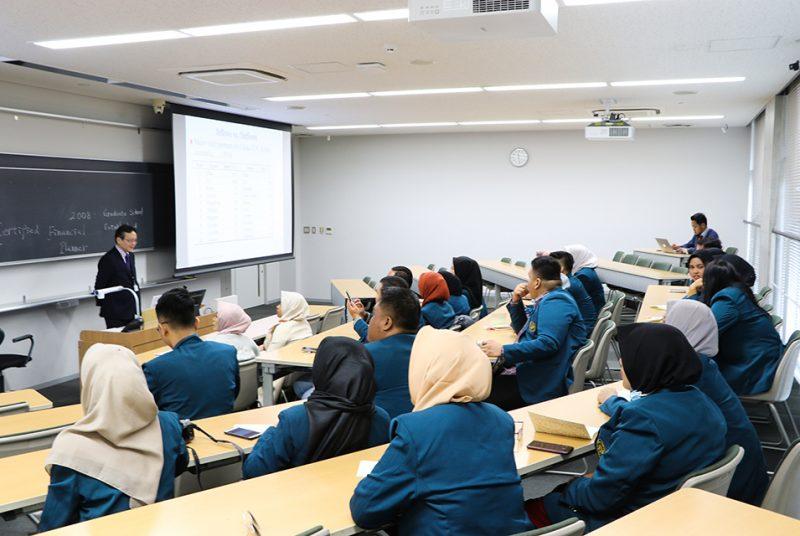 インドネシアのランプン大学大学院会計学修士課程の大学院生が本学大学院を訪問