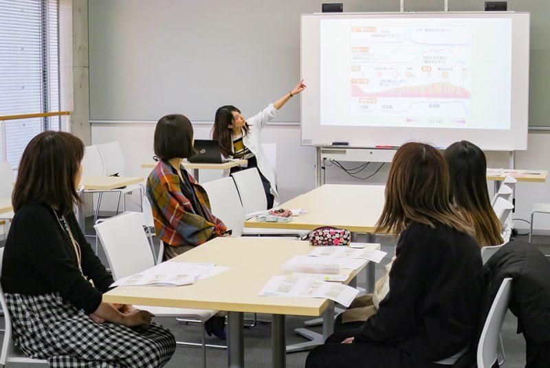 保健室職員が講師を担当、「PMSミニ勉強会」を初実施