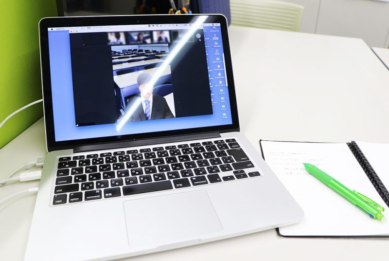 東洋学園大学のオンライン授業(3)―3年生の「模擬就活」の授業に潜入!―