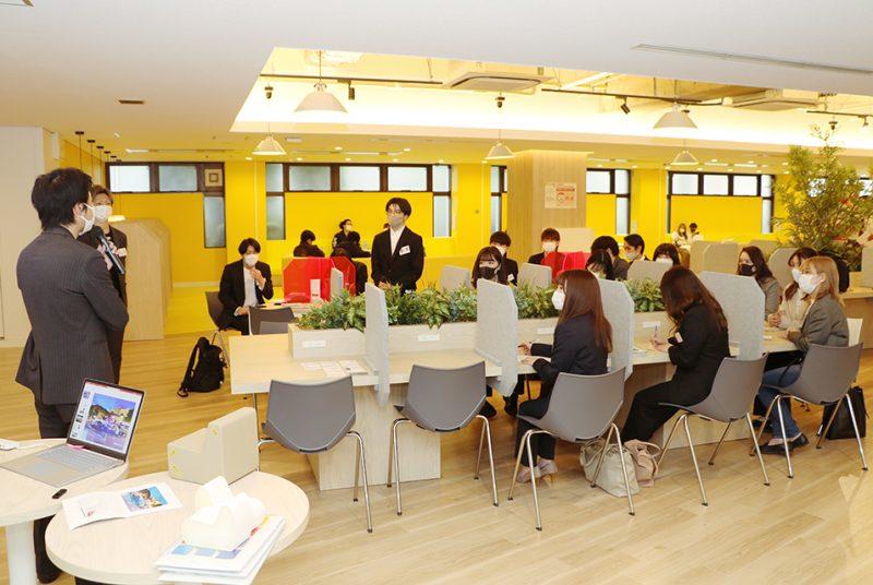 本庄ゼミが(株)SIXINCHジャパンと産学連携し、企業のブランド戦略について学ぶ